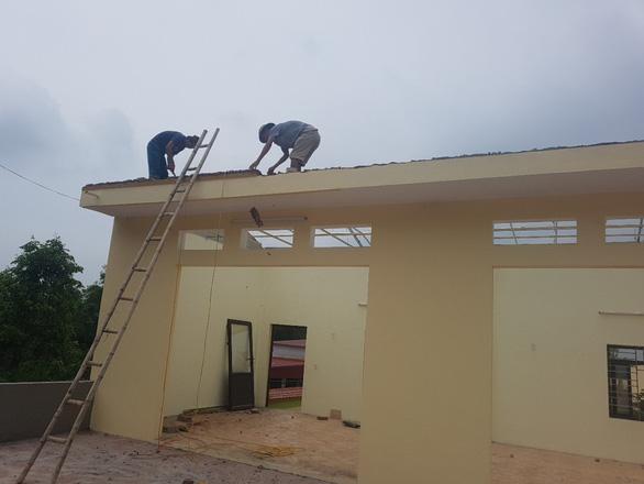 Đại úy công an tự tháo dỡ 2 gian nhà khu biệt thự vi phạm - Ảnh 1.