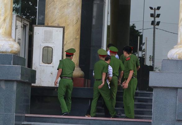Ông Trịnh Xuân Thanh và con trai rút kháng cáo - Ảnh 2.