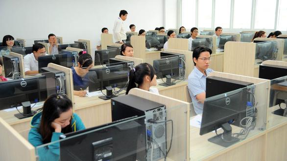 Hàng loạt thay đổi trong chế độ tiền lương công chức, viên chức - Ảnh 3.