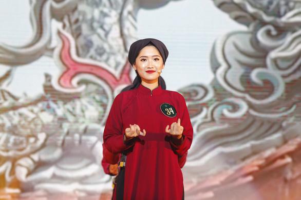 Nữ sinh Học viện Ngoại giao khoe tài trong chung kết Hoa khôi - Ảnh 3.