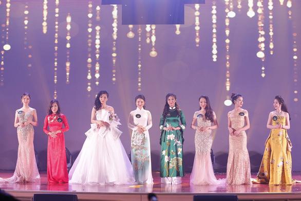 Nữ sinh Học viện Ngoại giao khoe tài trong chung kết Hoa khôi - Ảnh 4.