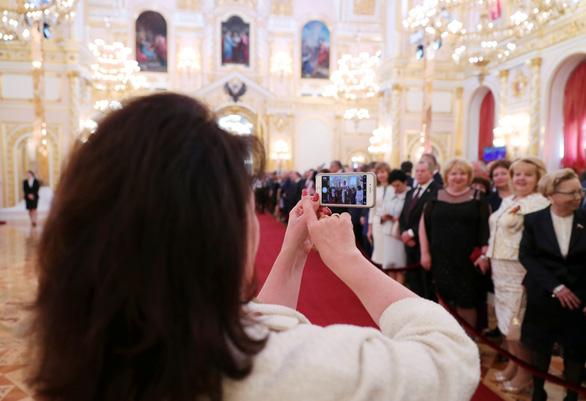 Tổng thống Vladimir Putin tuyên thệ nhậm chức, bước vào nhiệm kỳ thứ 4 - Ảnh 2.