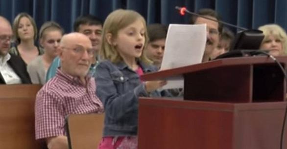 Cô bé 9 tuổi chê cách đánh giá học sinh của bang Florida - Ảnh 2.