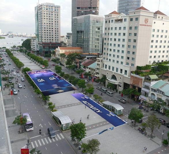 Phố đi bộ Nguyễn Huệ đón lễ hội âm nhạc điện tử Ravolution - Ảnh 2.