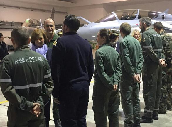 Pháp lại dọa tấn công Syria lần nữa - Ảnh 1.