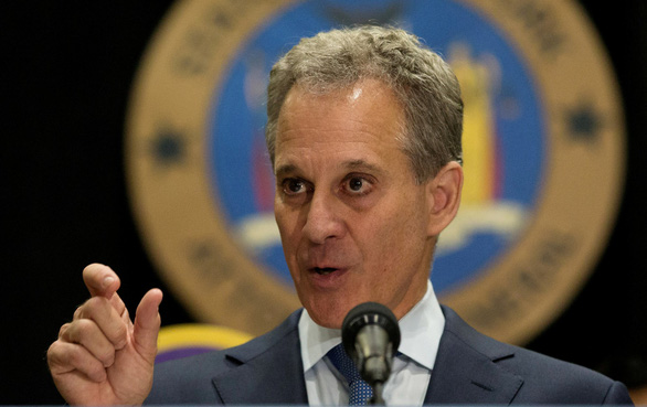 Tổng chưởng lý bang New York từ chức vì bê bối tình dục - Ảnh 1.