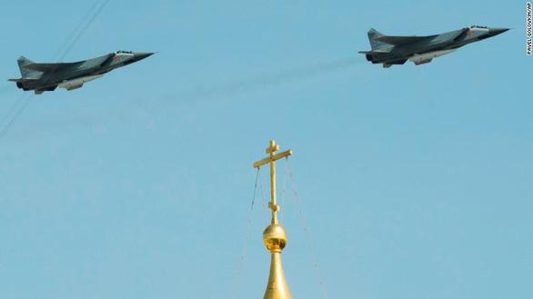 Nga khoe khí tài khủng trong lễ duyệt binh Ngày Chiến thắng - Ảnh 10.
