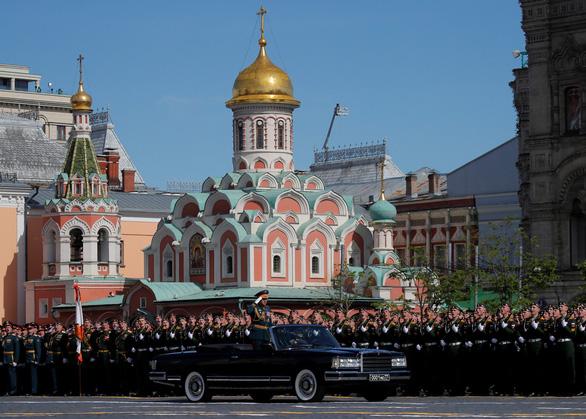 Nga khoe khí tài khủng trong lễ duyệt binh Ngày Chiến thắng - Ảnh 7.