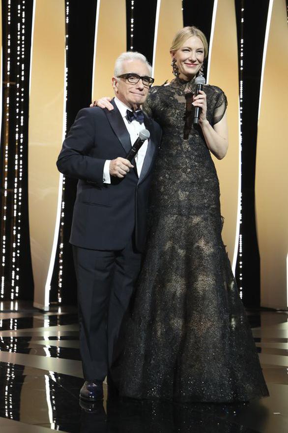 Cannes 2018 ngày đầu tiên qua ảnh: Nỗ lực đề cao phụ nữ - Ảnh 4.