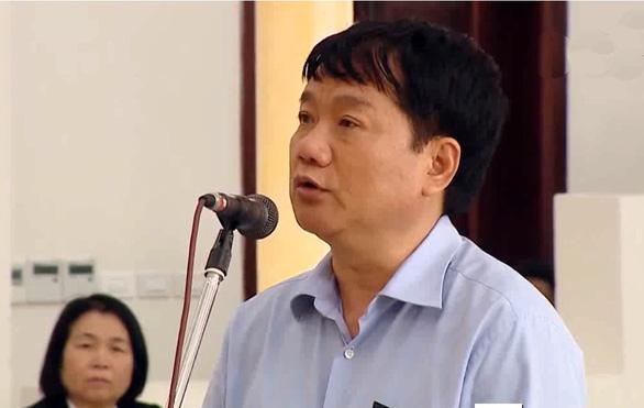 Phiên tòa ông Đinh La Thăng nghỉ sớm chờ triệu tập người quan trọng - Ảnh 1.