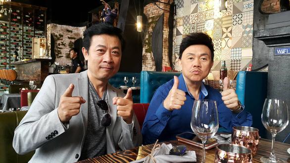 Nghệ sĩ hài Chí Tài: Diễn xong mùa Tết là về với vợ! - Ảnh 6.