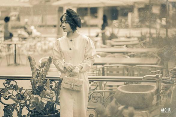 Kỷ yếu tái hiện 100 năm thời trang của nữ nhi quốc chuyên văn - Ảnh 22.