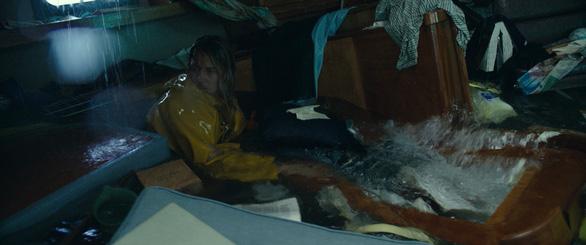 Adrift - Hành trình sinh tử của đôi tình nhân trên biển cả - Ảnh 14.
