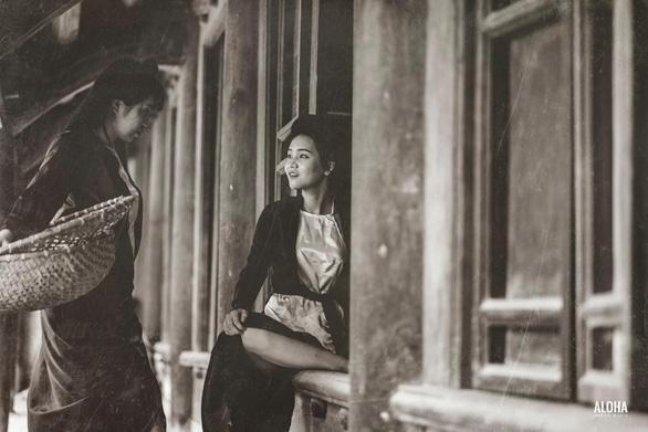 Kỷ yếu tái hiện 100 năm thời trang của nữ nhi quốc chuyên văn - Ảnh 9.