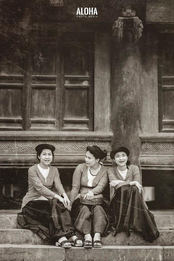 Kỷ yếu tái hiện 100 năm thời trang của nữ nhi quốc chuyên văn - Ảnh 10.