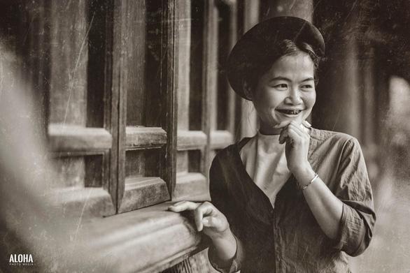 Kỷ yếu tái hiện 100 năm thời trang của nữ nhi quốc chuyên văn - Ảnh 6.