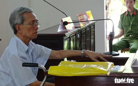 Hủy bản án treo vụ dâm ô ở Vũng Tàu, phạt ông Nguyễn Khắc Thủy 3 năm tù - Ảnh 1.