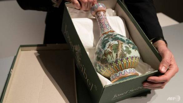 19 triệu đô mua báu vật Trung Hoa bị quên lăn lóc ở gác xép Pháp - Ảnh 2.