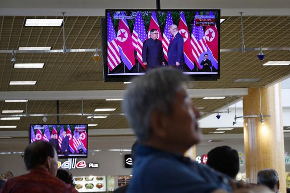 Thế giới kỳ vọng thận trọng về hòa bình sau hội đàm Trump - Kim - Ảnh 5.
