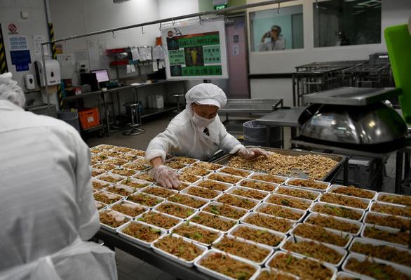 Ông Kim, ông Trump được đãi cơm chiên Dương Châu ở Singapore - Ảnh 5.