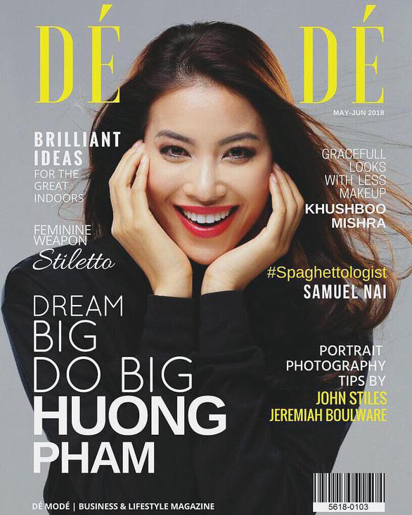 Hoa hậu Phạm Hương rực rỡ trên bìa tạp chí Dé Modé - Ảnh 1.