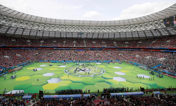 Lễ khai mạc World Cup 2018 đầy màu sắc - Ảnh 1.