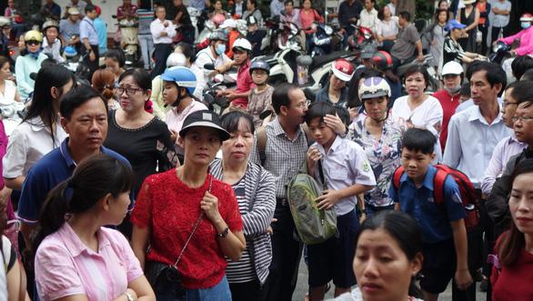 Hơn 4.000 học sinh thi vào lớp 6 Trường Trần Đại Nghĩa - Ảnh 5.