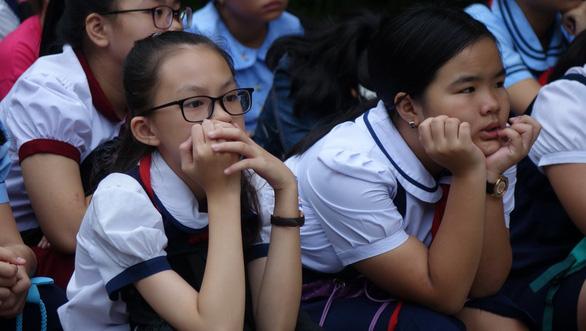 Hơn 4.000 học sinh thi vào lớp 6 Trường Trần Đại Nghĩa - Ảnh 11.