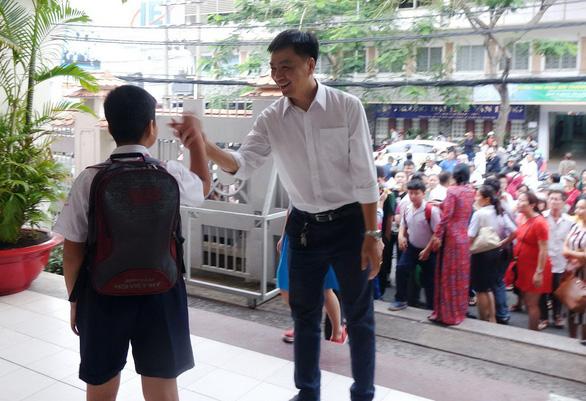 Hơn 4.000 học sinh thi vào lớp 6 Trường Trần Đại Nghĩa - Ảnh 7.