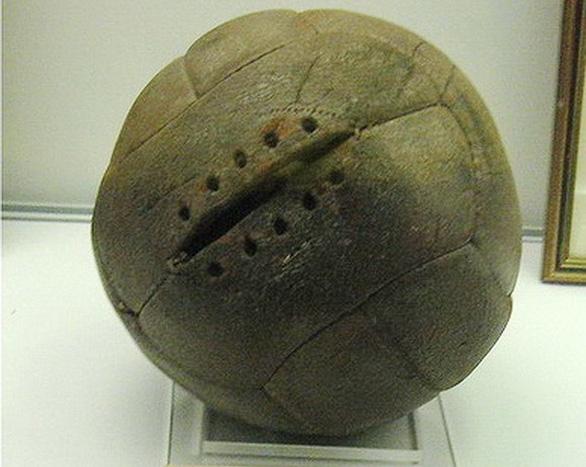Ai đã phát minh ra quả bóng tròn? - Ảnh 5.
