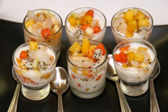 Báo Thái Lan giới thiệu sách về món chay Việt của đầu bếp Canada - Ảnh 8.