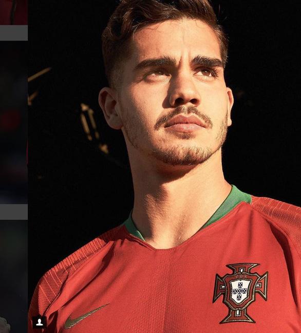 Dàn trai đẹp xuất quân tại World Cup ngày 15-6 - Ảnh 14.