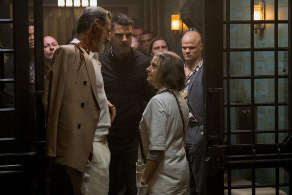 Hotel Artemis: Nơi chỉ dành cho những tên tội phạm - Ảnh 8.