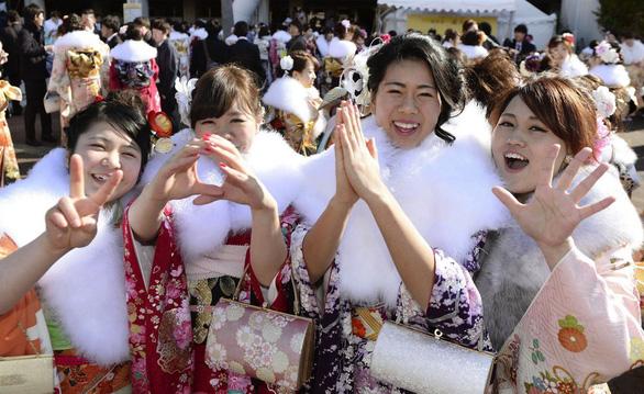 Nhật Bản định nghĩa lại, 18 tuổi là người trưởng thành - Ảnh 1.