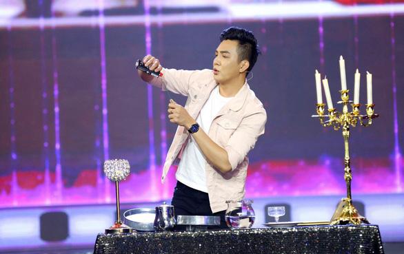 Á hậu Băng Khuê bất ngờ với giọng hát như ca sĩ ở Gương mặt điện ảnh - Ảnh 8.