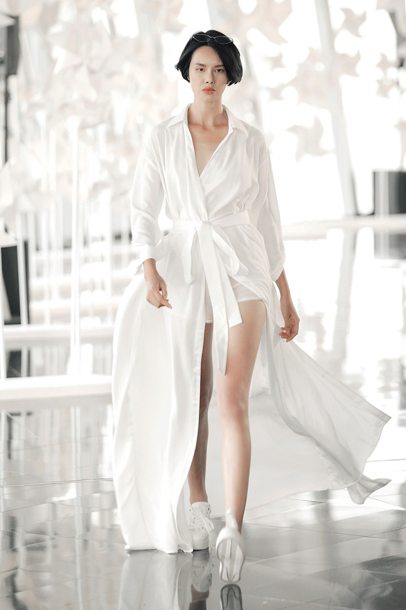 Chung Thanh Phong diễn thời trang ở tòa nhà cao nhất Việt Nam - Ảnh 9.