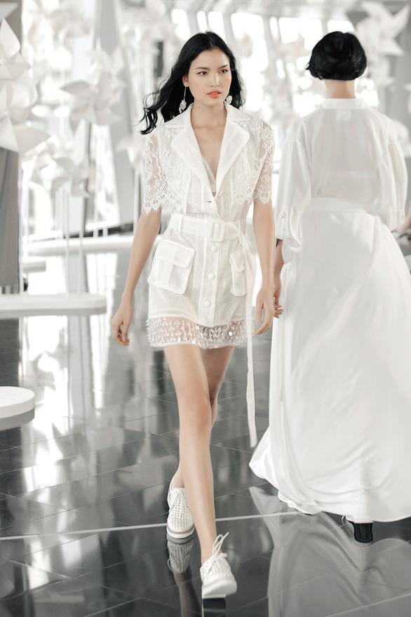 Chung Thanh Phong diễn thời trang ở tòa nhà cao nhất Việt Nam - Ảnh 8.