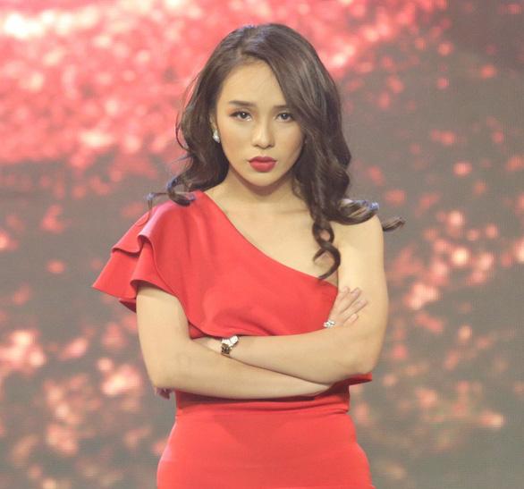 Á hậu Băng Khuê bất ngờ với giọng hát như ca sĩ ở Gương mặt điện ảnh - Ảnh 3.