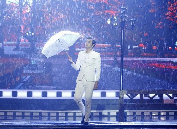 Á hậu Băng Khuê bất ngờ với giọng hát như ca sĩ ở Gương mặt điện ảnh - Ảnh 10.