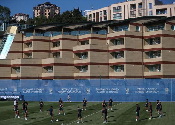 Tuyển Đức than phiền vì khách sạn ở World Cup y như trường nội trú - Ảnh 1.