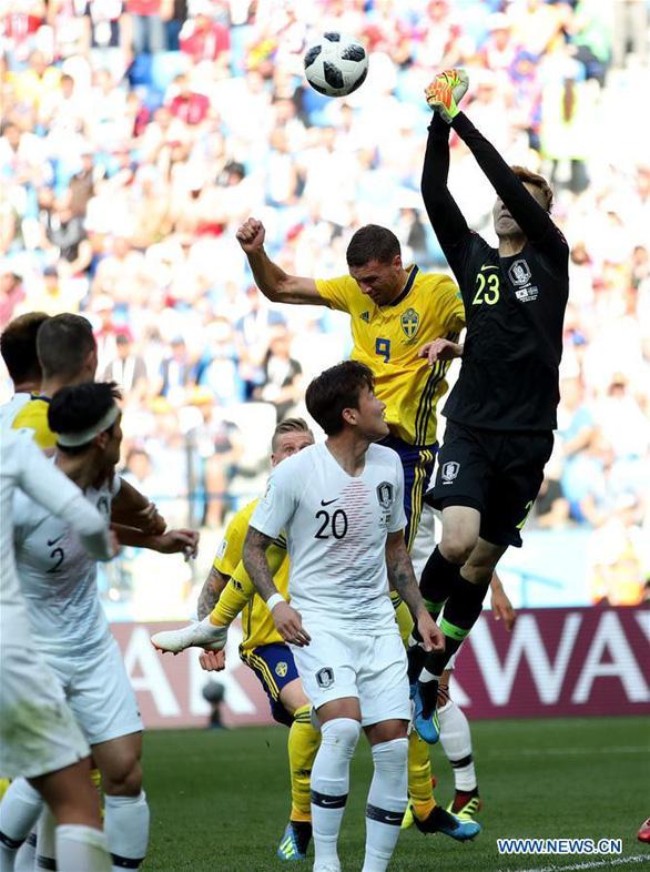 Dân Triều Tiên có bật TV xem World Cup cổ vũ tuyển Hàn Quốc? - Ảnh 2.