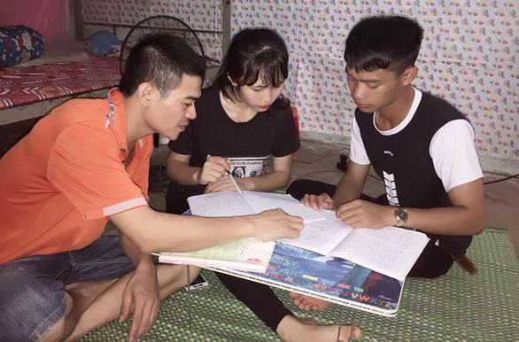 Các tỉnh lên phương án hỗ trợ thí sinh thi THPT quốc gia 2018 - Ảnh 1.