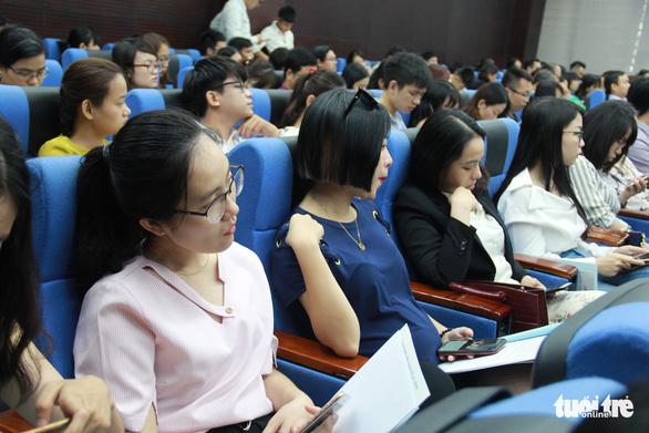 Nhân tài xin nghỉ hàng loạt, Đà Nẵng mới tính chuyện hỗ trợ mềm - Ảnh 2.