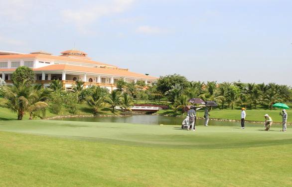 Bên trong sân golf Tân Sơn Nhất đoạt giải nhất báo chí TP.HCM - Ảnh 4.