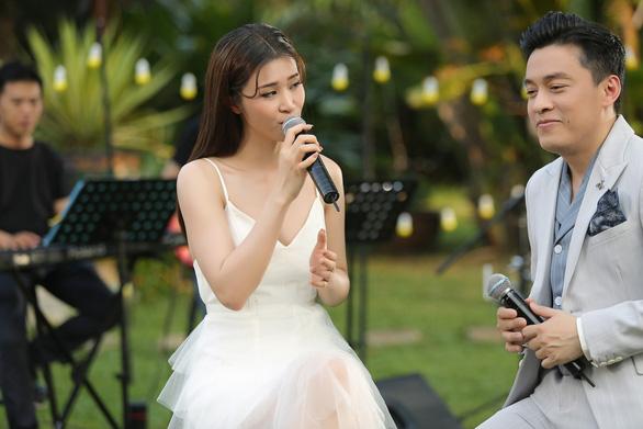 Lam Trường - Đông Nhi hát Tình lầm lỡ, kể kỉ niệm Tình thôi xót xa - Ảnh 1.