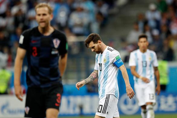 Tại sao Messi không thể tỏa sáng như Ronaldo ở World Cup? - Ảnh 1.