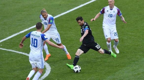 Tại sao Messi không thể tỏa sáng như Ronaldo ở World Cup? - Ảnh 3.