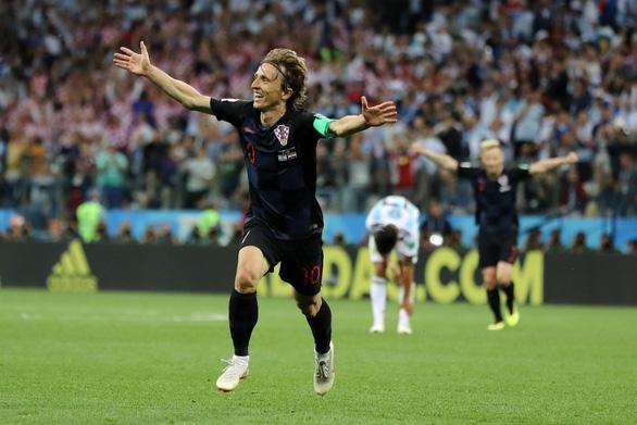 Tại sao Messi không thể tỏa sáng như Ronaldo ở World Cup? - Ảnh 6.