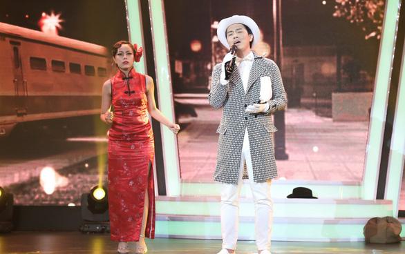 Đàm Vĩnh Hưng chạy lên sân khấu hôn tay Hùng Thuận aka M.Jackson - Ảnh 8.