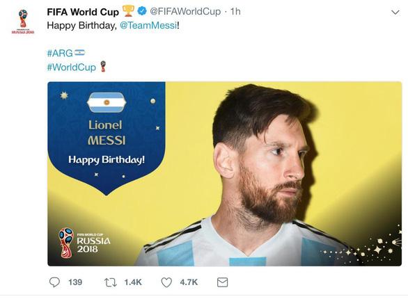 Giữa tâm bão, Messi đón sinh nhật với rừng động viên - Ảnh 6.